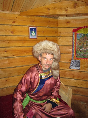 NSR: традиционный бурятский мужской костюм